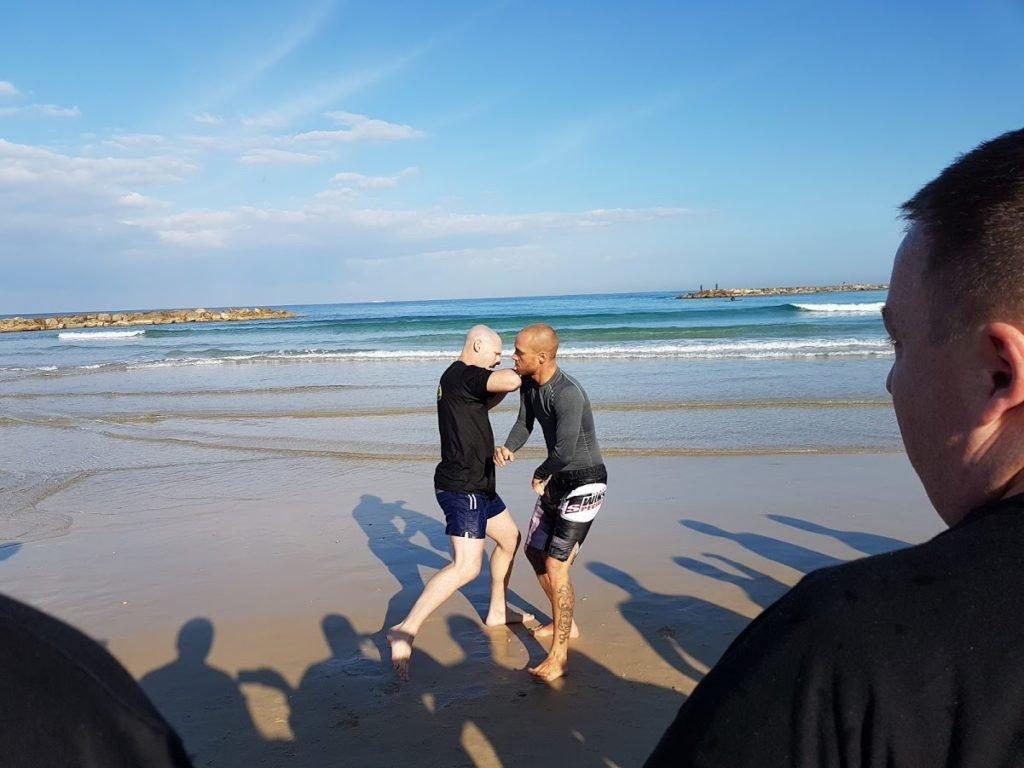 KRAVolution Team Train & KRAVel 2017 Israel - Training am Meer