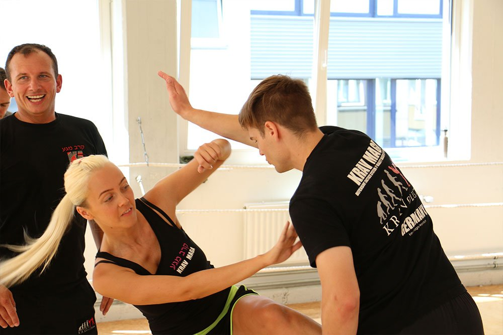 Krav Maga Teamevents in der Trainingshalle 10